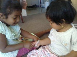 Alia & kk Nadya
